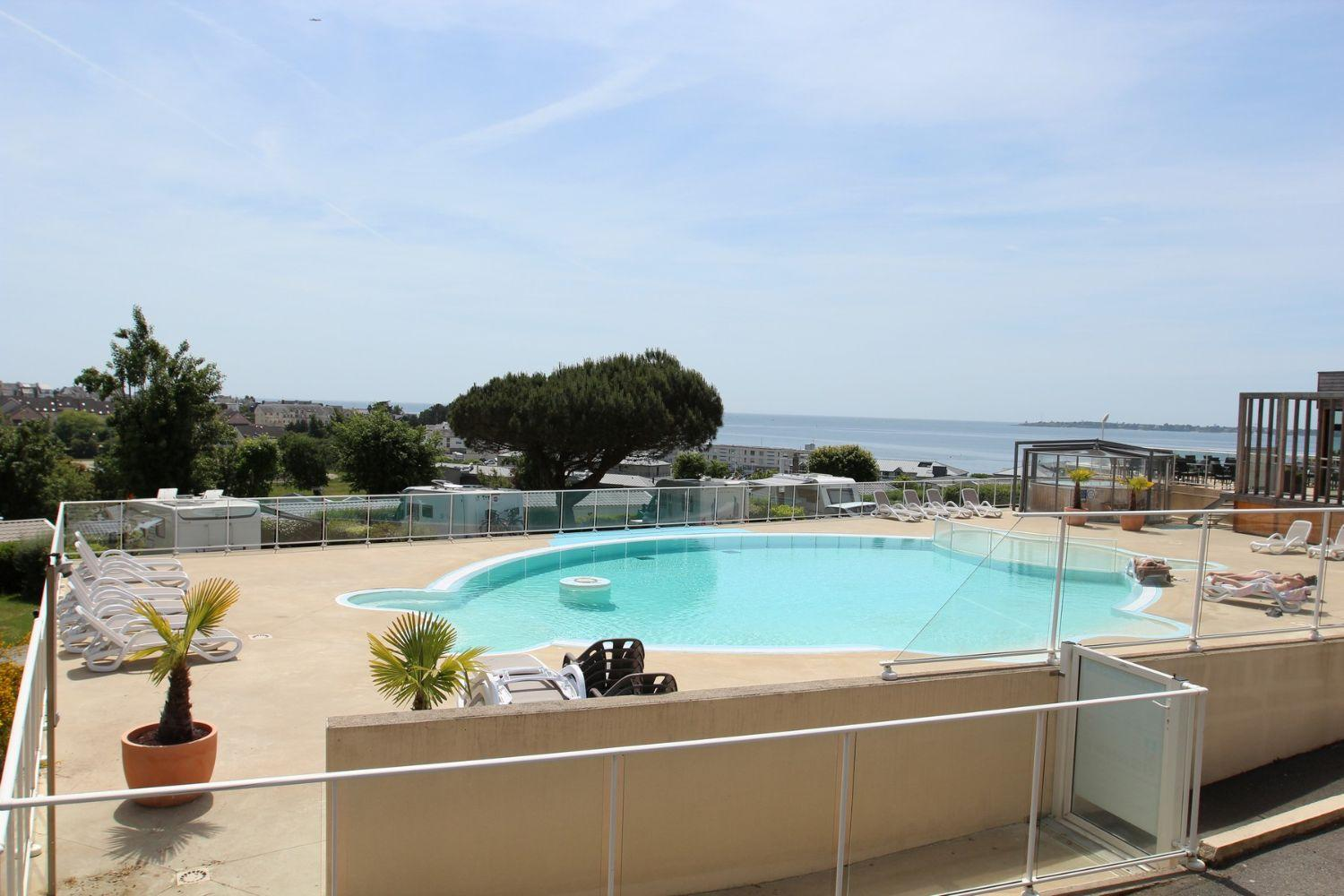 Camping finist re sud piscine chauff e les sables for Camping concarneau avec piscine